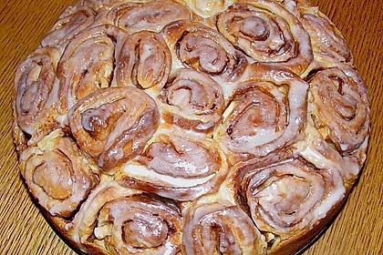 Zimtrollen-Kuchen 13