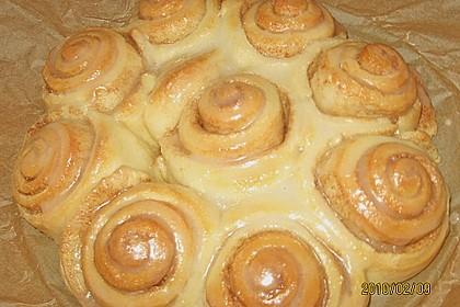 Zimtrollen-Kuchen 84