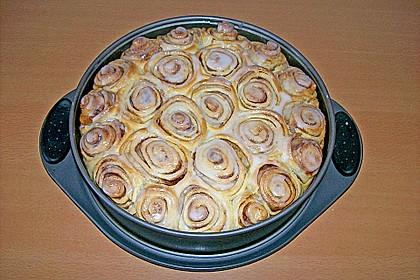 Zimtrollen-Kuchen 214