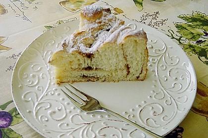 Zimtrollen-Kuchen 170