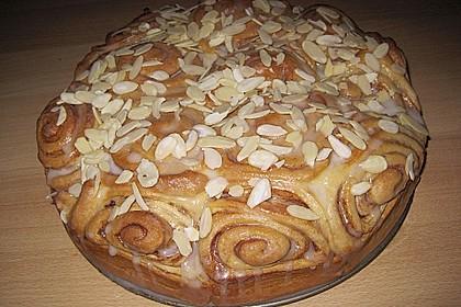 Zimtrollen-Kuchen 12