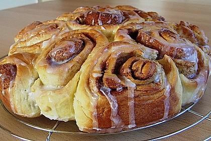 Zimtrollen-Kuchen 147