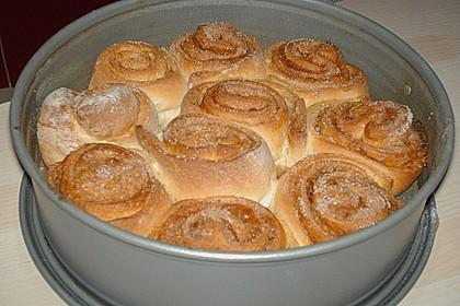 Zimtrollen-Kuchen 188