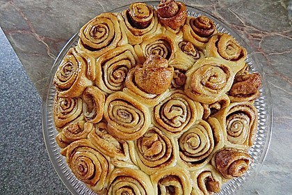 Zimtrollen-Kuchen 42