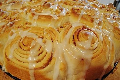 Zimtrollen-Kuchen 151