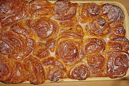 Zimtrollen-Kuchen 203