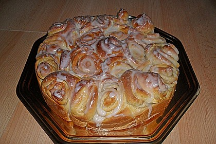 Zimtrollen-Kuchen 70