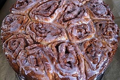 Zimtrollen-Kuchen 86