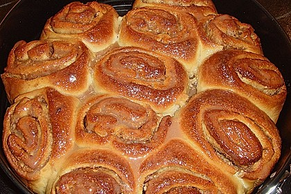 Zimtrollen-Kuchen 140