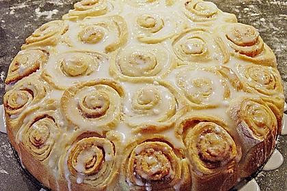 Zimtrollen-Kuchen 48