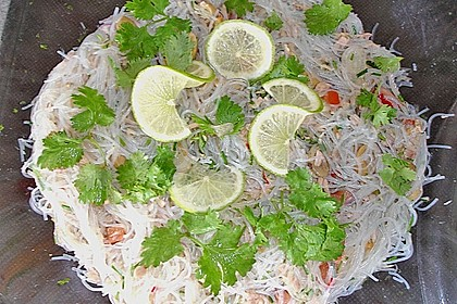 Thailändischer Glasnudelsalat mit Thunfisch 2
