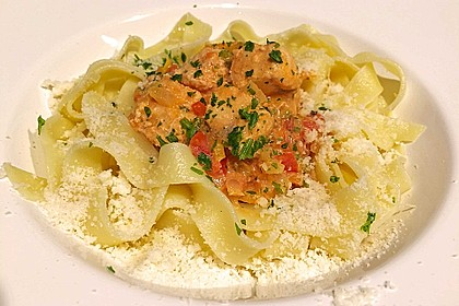 Paprika - Lachs- Pfanne mit Pasta