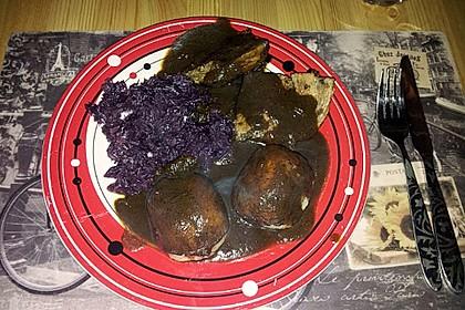 Braten mit Pflaumen - Malzbier - Soße 7