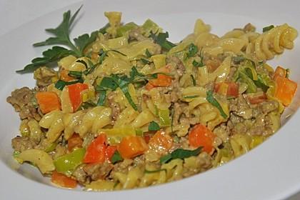 Curry - Sahne - Nudeln mit Gehacktem