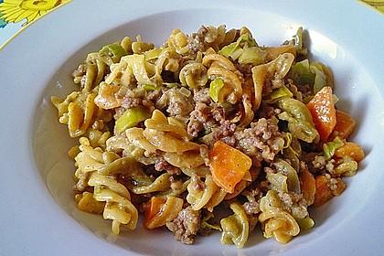 Curry - Sahne - Nudeln mit Gehacktem 17