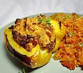 Paprika mit Kichererbsenmus gefüllt (Bild)