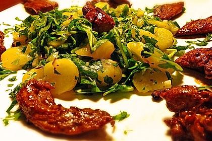 Kartoffel - Rucola Salat mit Hühnchenbruststreifen