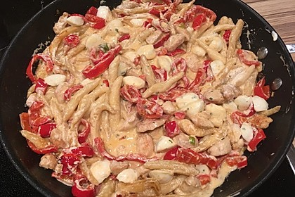 Schupfnudelpfanne mit Gemüse und Mozzarella 28