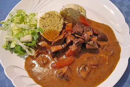 Burgunder Gulasch mit Pilzen 2