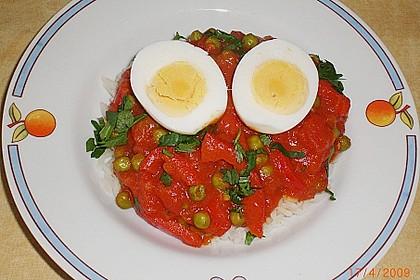 Baskische Eier in Gemüsesoße