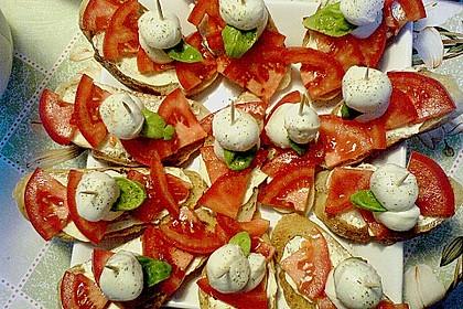 Tomate - Mozarella Brötchen 3