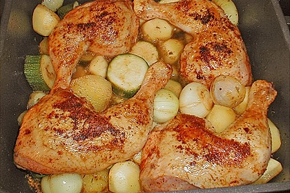 Spanische Hähnchenpfanne mit Kartoffeln und Zucchini 6