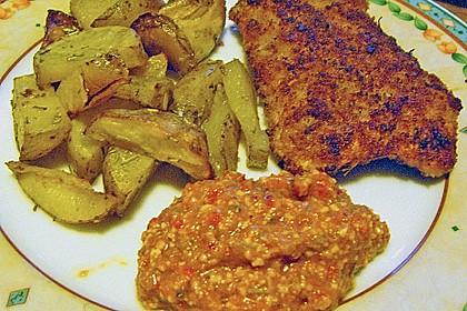 Schnitzel mit einer Parmesan - Thymian - Panade mit Rosmarinkartoffeln 16