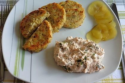 Frischkäsedip mit Kräuter und Tomatenmark