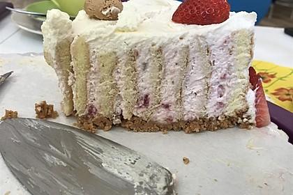 Gewickelte Erdbeer - Tiramisu - Torte 24