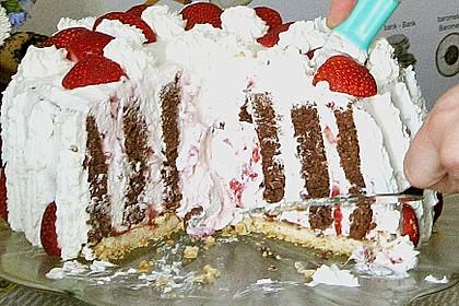 Gewickelte Erdbeer - Tiramisu - Torte 31