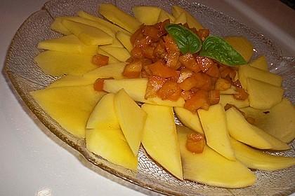Scharfer Mangosalat
