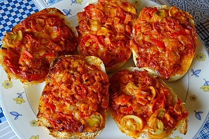 2 Minuten  Pizza-Brötchen 11