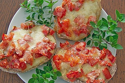Crostini mit Tomaten und Mozzarella 1