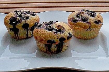 Weiße Schokoladen - Blaubeer Muffins 1