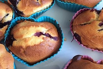 Weiße Schokoladen - Blaubeer Muffins 9