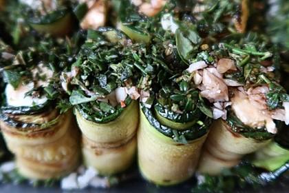 Eingelegte Zucchiniröllchen 33