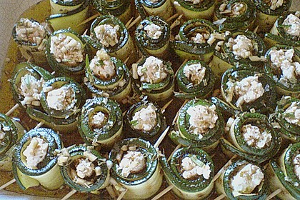 Eingelegte Zucchiniröllchen 85
