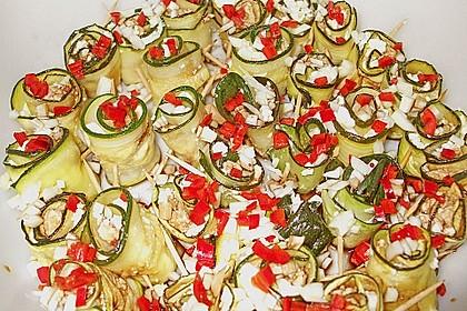 Eingelegte Zucchiniröllchen 57
