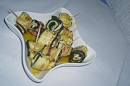 Eingelegte Zucchiniröllchen 39