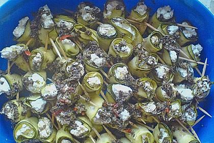 Eingelegte Zucchiniröllchen 90