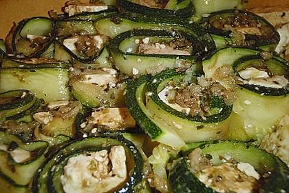 Eingelegte Zucchiniröllchen 76