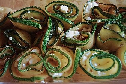 Eingelegte Zucchiniröllchen 80