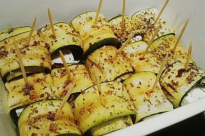 Eingelegte Zucchiniröllchen 25