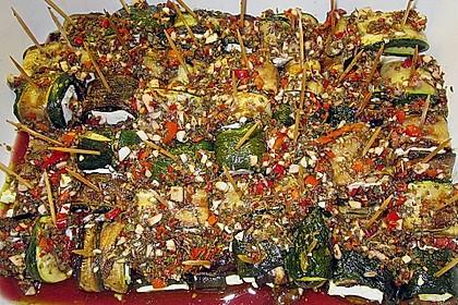 Eingelegte Zucchiniröllchen 77