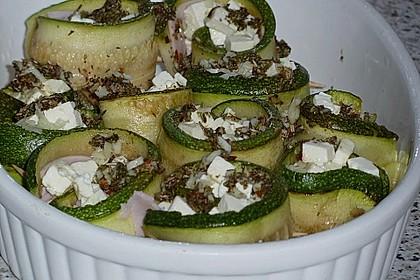 Eingelegte Zucchiniröllchen 74