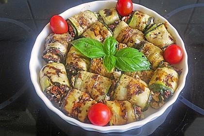 Eingelegte Zucchiniröllchen 37