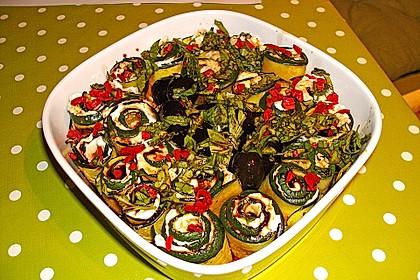 Eingelegte Zucchiniröllchen 43