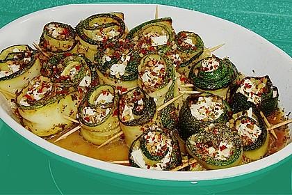 Eingelegte Zucchiniröllchen 26