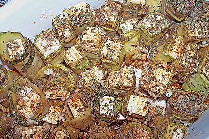 Eingelegte Zucchiniröllchen 89