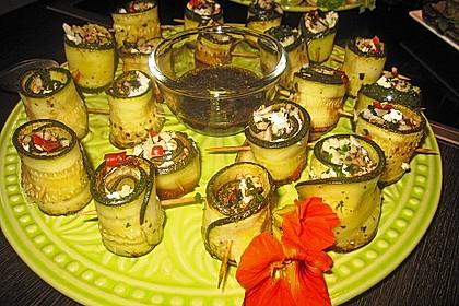 Eingelegte Zucchiniröllchen 30